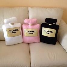 poduszki w kształcie perfumy