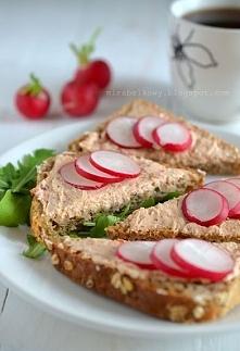 pasta z suszonych pomidorów i twarożku, link w komentarzu