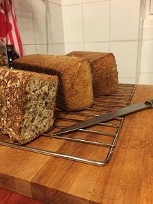 chleb z mąki krupczatki, przepis po kliknięciu w zdjęcie.