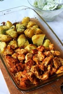 Pieczone piersi z kurczaka i czosnkowe ziemniaczki