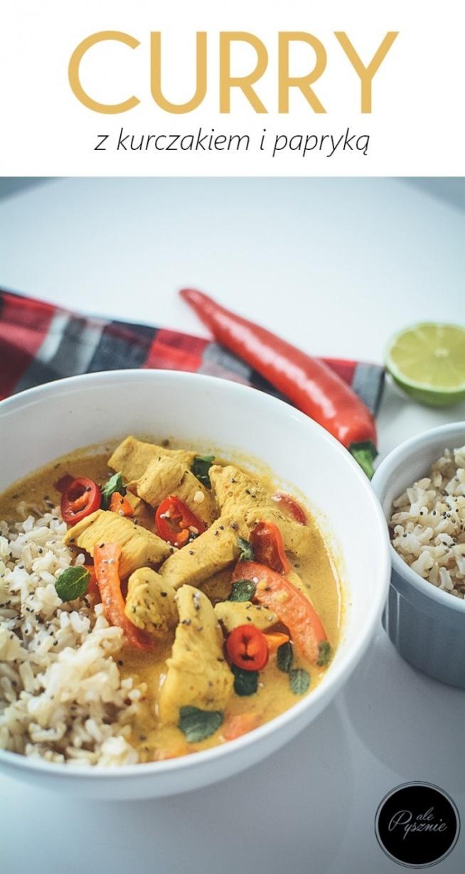 Curry z kurczakiem i papryką. Kliknij w zdjęcie i zobacz przepis.