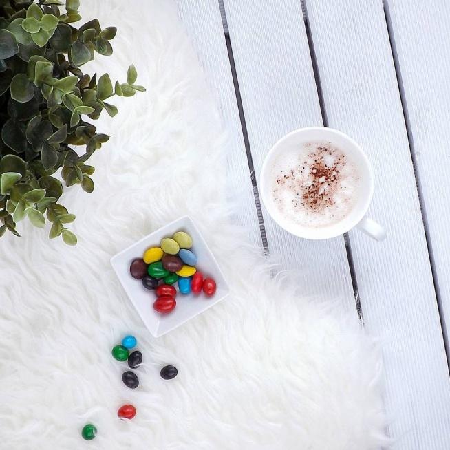 Czas na kawę i coś słodkiego :)