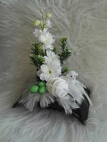 Wielkanocny stroik np. na świąteczny stół  Zapraszam na allegro. gdzie znajdz...