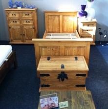 woskowane meble do sypialni z litego drewna sosnowego