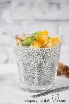 Pudding chia, czyli deser z nasion chia z owocami - Almond Chia Pudding Recipe