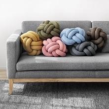 poduszki-supły produkuje np. polska marka Wood'n'Wool
