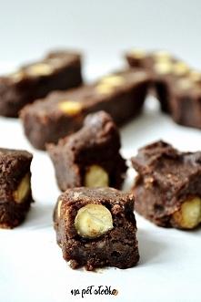 Domowa czekolada słodzona d...