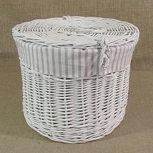 Kosz wiklinowy - kapelusznik, biały obszyty materiałem wzór - pasy biało-szare