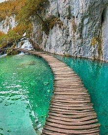 Park Narodowy Jezior Plitwickich w Chorwacji.