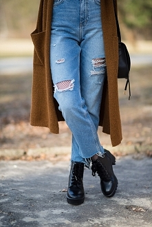 lillymarlenne.blogspot.com  Mom jeans i kabaretki <3