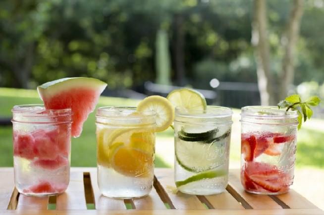 a to niby tylko woda i owoce ;)
