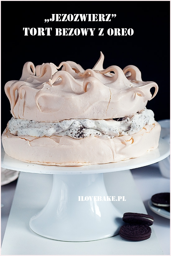 Tort bezowy z oreo – jeżozwierz
