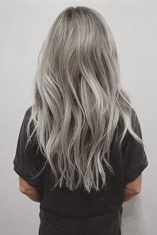 wiecie jakiej farby użyć, aby uzyskać siwe włosy?