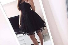 Rozkloszowana sukienka - Kliknij w zdjęcie aby zobaczyć więcej