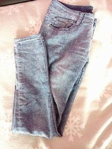 Spodnie z Sinsay,nowe, bardzo dobry stan :) Rozmiarowo jest to około S-M. Pro...