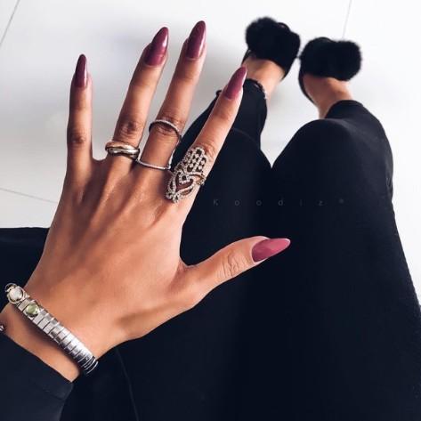 Spodobał mi się czerwony na paznokciach ❤❤❤