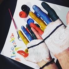 Dziś Światowy Dzień Osób z Zespołem Downa ! wstawiając zdjęcie na instagram z #liniaprosta na ręku, pomagamy ! Każde zdjęcie jest warte 5 zł