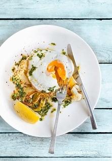 stek z kalafiora  z jajkiem...