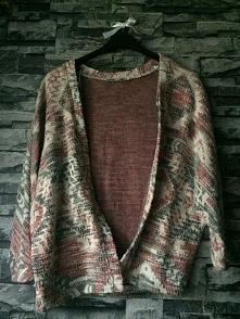 Sprzedam za 56 zł  Kimono jest w stanie idealnym wręcz nowym ,gdyż byłam w nim tylko 2 razy  *rozmiar xs  * kimono Tally Weijl  * jeśli cena jest za wysoka to śmiało , pisz :) +...