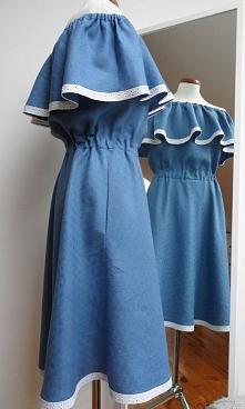 Lniana sukienka wykończona ...