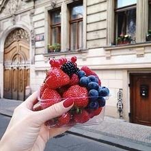 Mmmm, pyszne owocki *.*