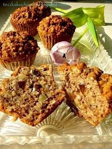 Muffinki owsiane z jabłkiem i bakaliami  Puszyste, wilgotne babeczki p...