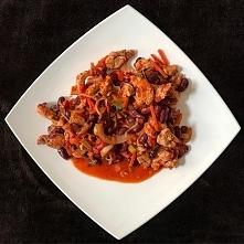 Fit Chilli Con Carne po chińsku z przymrużeniem oka. Szybkie w wykonaniu i smaczne. Przepis po kliknięciu w zdjęcie :)