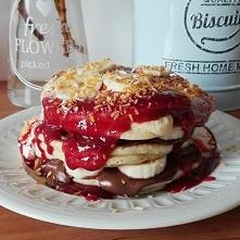 Domowe pancakes z nutellą,b...