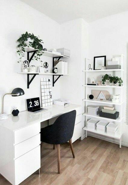 nie wiecie gdzie można kupić takie biurko?