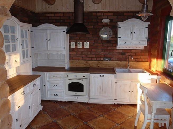 stylowe meble kuchenne w rustykalnym stylu na drewniane