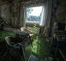 opuszczony pokój hotelowy