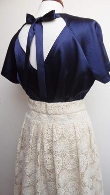 Satynowa bluzka i koronkowa spódnica. Po więcej zdjęć zapraszam na FB: @Kusho...