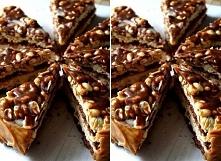 Składniki: Masa czekoladowa Brownie: • 200 g gorzkiej czekolady 70%, • 200 g masła, • 3 jajka, • 220 g drobnego cukru lub cukru pudru (można dać mniej), • 120 g mąki... Masa kar...