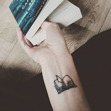 tattoo book <3
