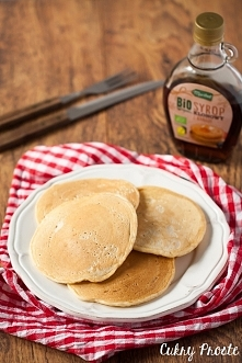 Wegańskie pankejki waniliowe - idealne na leniwe śniadanie!