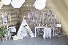 Regał Naturalna Danusia na boho-sesji u Zaskocz Mamę <3  FB: Nasze Domowe Pielesze Instagram: domowe.pielesze