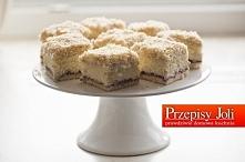 ŁABĘDZI PUCH Składniki: Biszkopt: 5 jajek (w temp. pokojowej) ¾ szklanki cukru ¾ szklanki mąki pszennej ¼ szklanki mąki ziemniaczanej Masa: 2 bułki kajzerki 3 szklanki mleka ½ s...