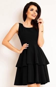 Awama A163 sukienka czarna Elegancka sukienka, wykonana z jednolitej dzianiny, góra dopasowana