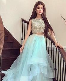 Orientuje się ktoś gdzie mogę kupić tego typu, dwuczęściowe sukienki? najlepiej sklep stacjonarny ;|