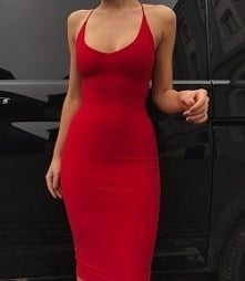 Red dress always sexy <3