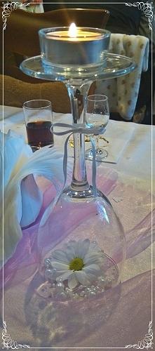 Pomysł dekoracji stołu: świ...
