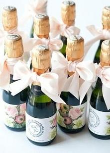 Portal Weselnapolska. Prezenty dla gości weselnych, podziękowania za przybyci...