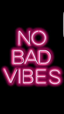 motto, no bad vibes