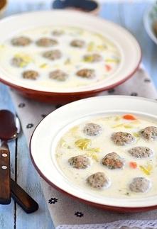 Zupa z porów z pulpecikami