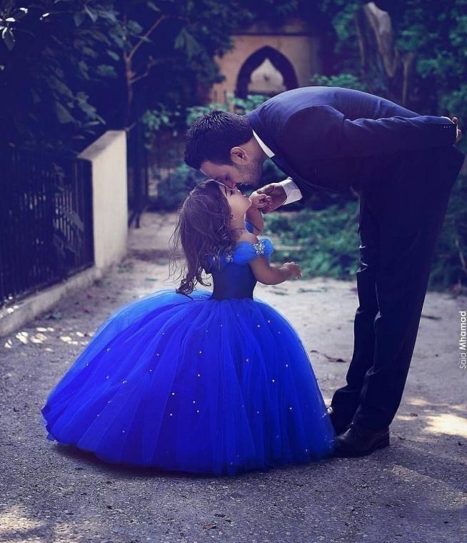Piękna suknia i jeszcze piękniejszy obrazek ♡♡♡