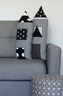 Poduszka dom dekoracyjna czarno biały