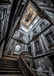 hall starego domu