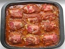 Klopsy z zupą cebulową z pieczarkami i sosie pomidorowym Przepis po kliknięci...
