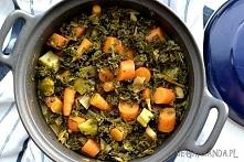 Curry z marchewką i jarmużem