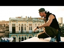Enrique Iglesias - SUBEME LA RADIO (Official Video) ft. Descemer Bueno, Zion ...